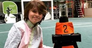 طفل عبقرى. ينهى دراسته الجامعية فى ديسمبر المقبل ببلجيكا