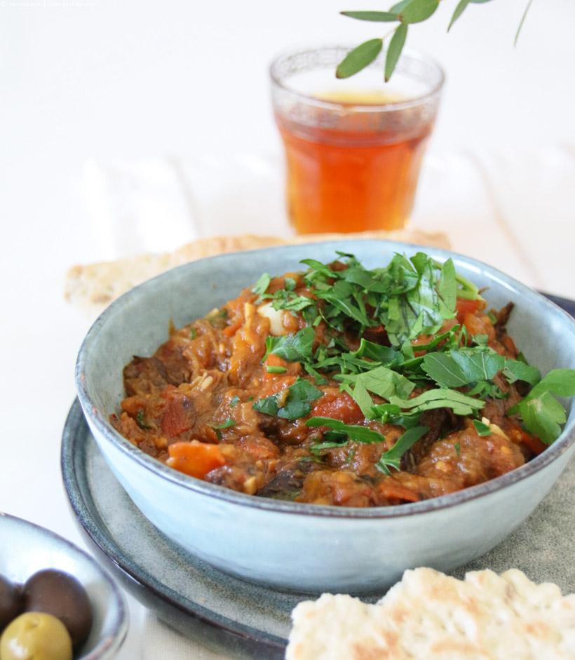 Zaalouk - marokkanischer Auberginensalat | whatinaloves.com