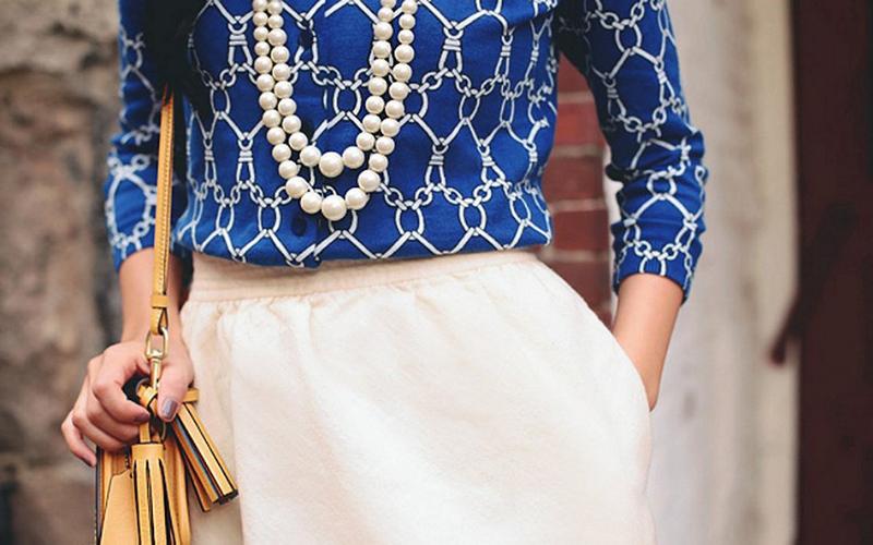 4 cách đeo ngọc trai đẹp với trang phục các nàng nên biết