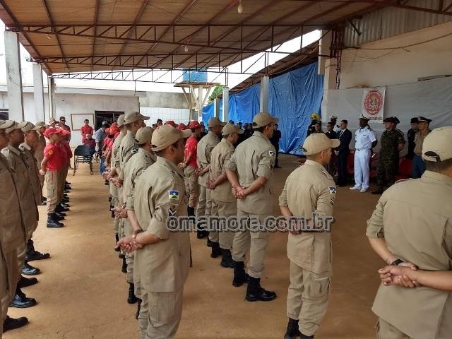 Comando de Bombeiros em GM realiza solenidade em reconhecimento aos serviços prestados por bombeiros e policiais militares