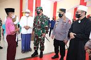 Panglima TNI Tinjau Vaksinasi Pelajar Dan Santri Di Malang