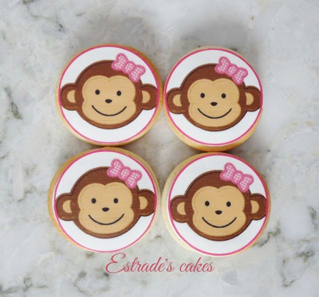 galletas de monitas decoradas con papel comestible 1