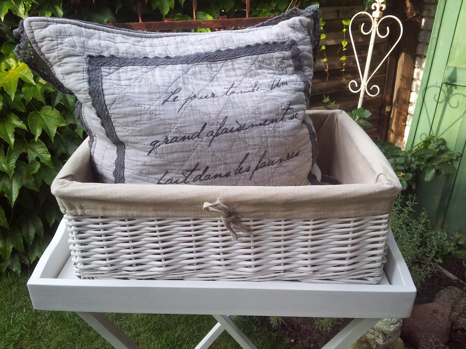 ambiente at home juli 2014. Black Bedroom Furniture Sets. Home Design Ideas