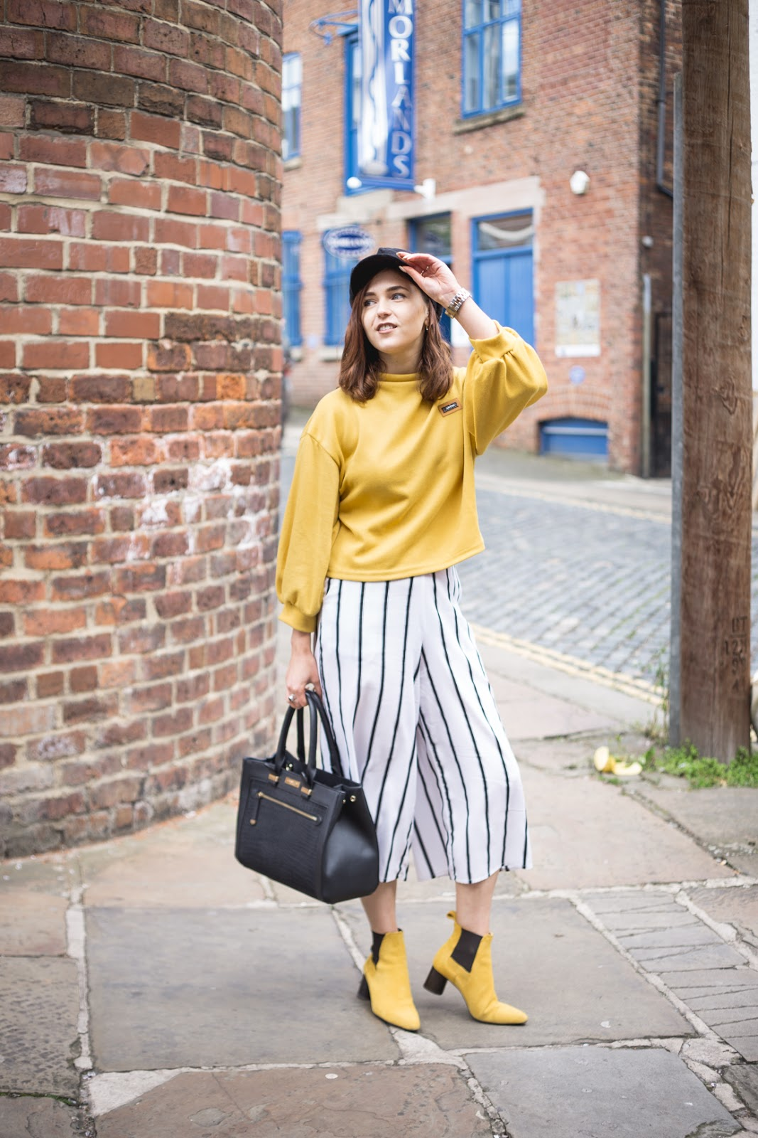 yellow & monochrome outfit