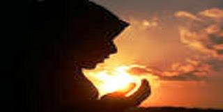 Subhanallah!! Kisah Juraij dan Doa Orang Tuanya