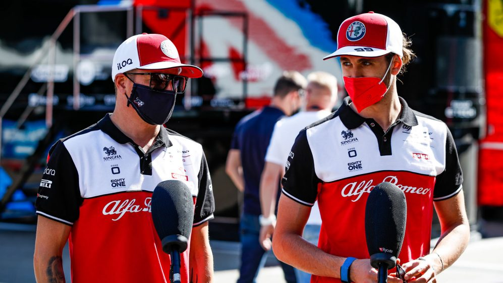 A equipe ainda não confirmou sua escalação para 2021, com Kimi Raikkonen e Antonio Giovinazzi atualmente dirigindo pela equipe