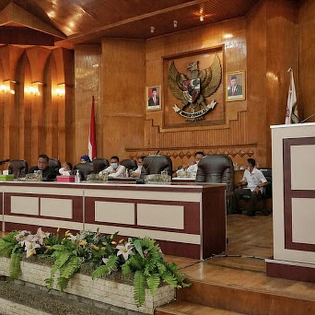 Rapat Paripurna DPRD, Bupati Asahan Sampaikan LKPJ Anggaran 2020