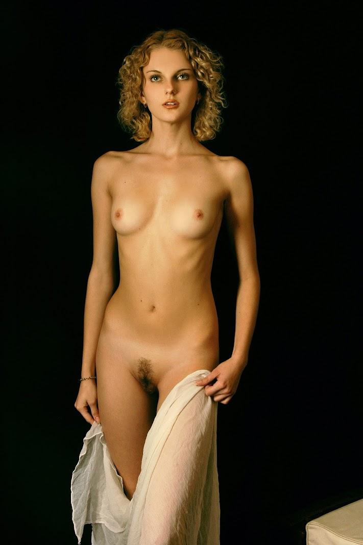 Met-Art 20051107 - Inna J - Presenting Inna - by Rigin