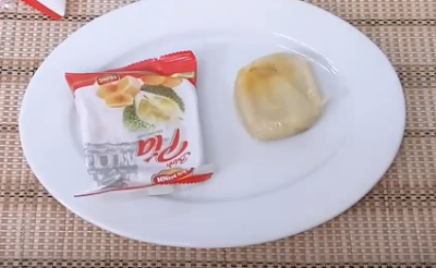 Vietnamese Pia Cake Snack