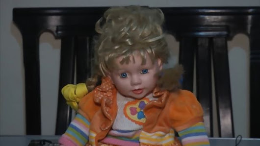 The Peruvian Anabelle - Possessed Blue-Eyed Doll Terrorizes Family