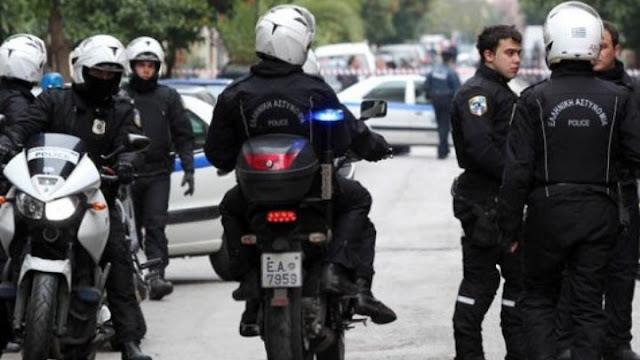 14 συλλήψεις αρνητών της μάσκας στο Σύνταγμα μετά από διαδικτυακό κάλεσμα για συγκέντρωση