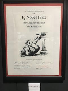 イグ・ノーベル賞の世界展展示風景