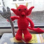 http://dippycatcrochet.blogspot.com.es/2017/07/little-devil.html