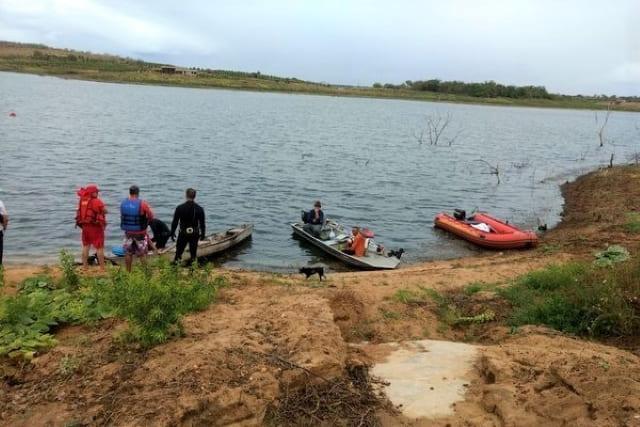 Jovem de 26 anos morre afogada após cair de barco em Anagé