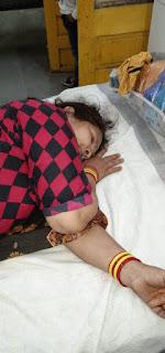 मैक्स पिकब ने मारुति जैन में मारी टक्कर, महिलाएं घायल