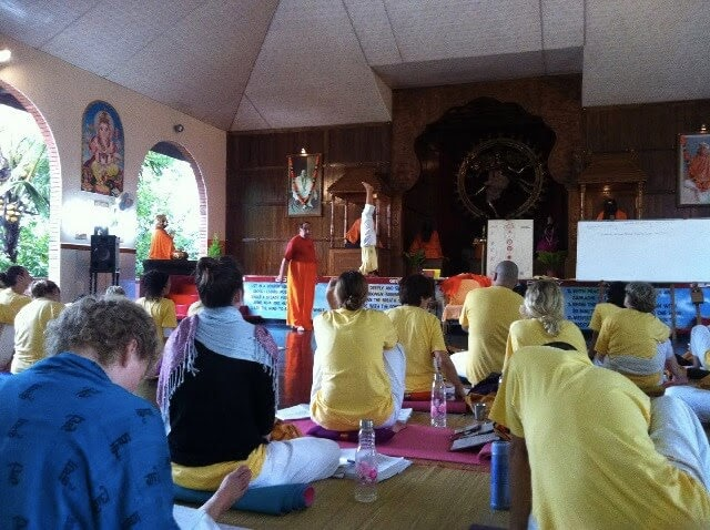 Yoga philosophy class with Swami Mahadevananda