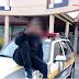 Jovem publica foto fazendo pose em capô de viatura da PM em Cascavel