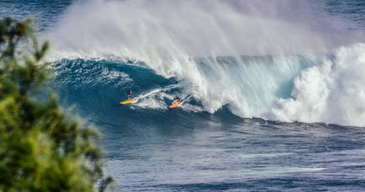 Team Wave Surfing SIX SURFERS on ONE WAVE New TEAM Sport