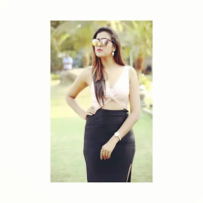 Yamini Singh (Bhojpuri Heroine) Wiki Age, Husband, Height, Weight, Biography, Filmography