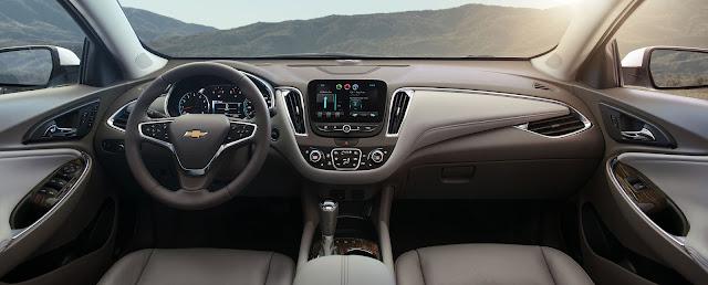 Interior view of 2016 Chevrolet Malibu