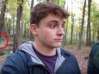 Mengerikan, 2 Pria ini Dikejar Sosok Misterius Saat Sedang Vlog Ditengah Hutan
