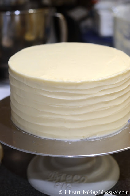 I Heart Baking Tiered Peaches And Cream Layer Cake With