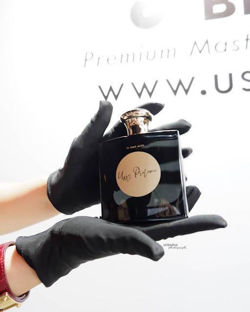 eou-de-parfum-in-bed-with-ussy-pratama