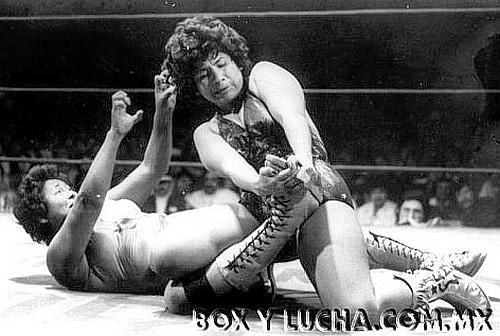 Luchadora - Irma González