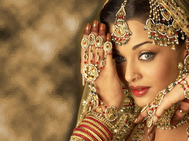 "<div>Bollywood Actress ""AISHWERYA RAI""hd wallpaper </div>"