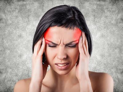 Pourquoi avez-vous mal à la tête si vous ne buvez pas d'eau?