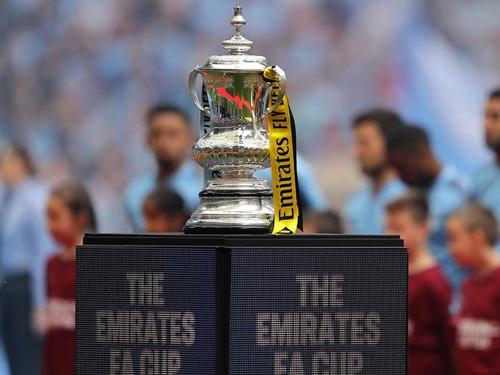 """Bốc thăm tứ kết FA Cup: """"Mồi ngon"""" đợi M.U"""