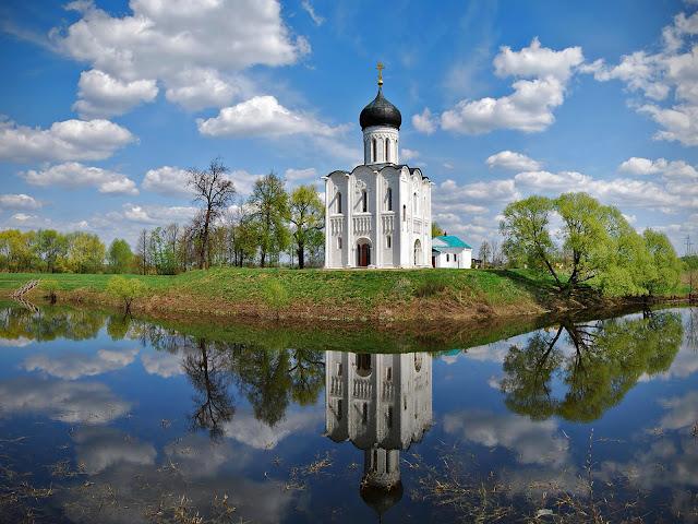 Храм  в честь Покрова Пресвятой Богородицы