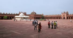 places to visit in fatehpur sikri