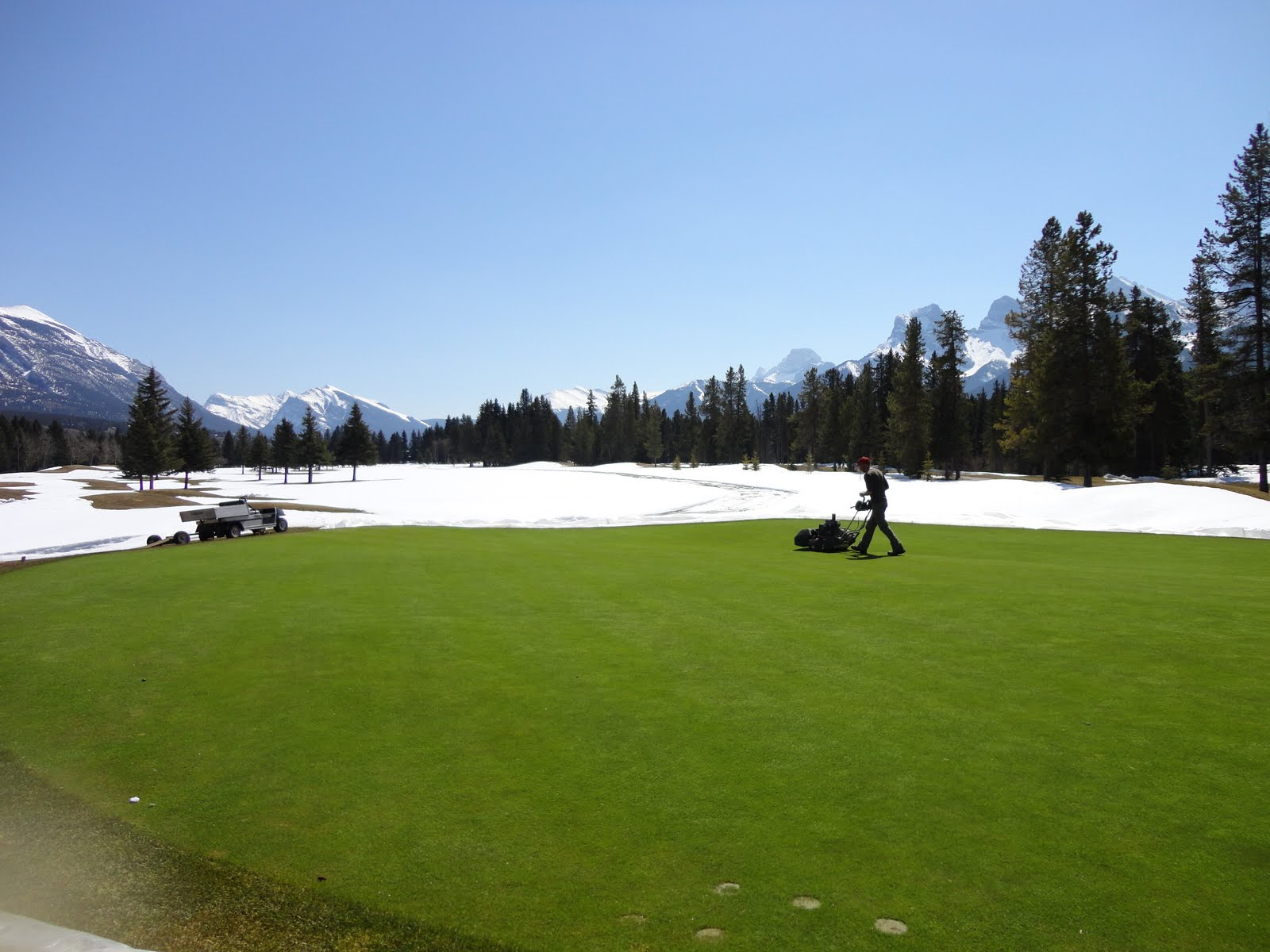 Canadian Rockies Golf Courses – 2011 opening dates