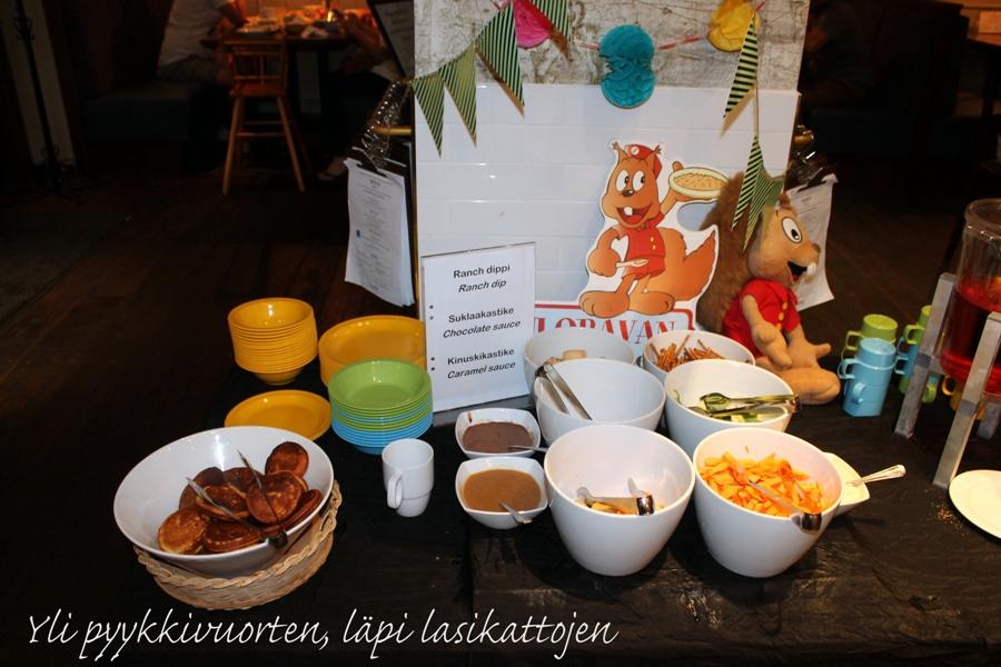 hotelli, Helsinki, lapsiperhe, kesä, Suomi, matka, hotelliyö, aamupala