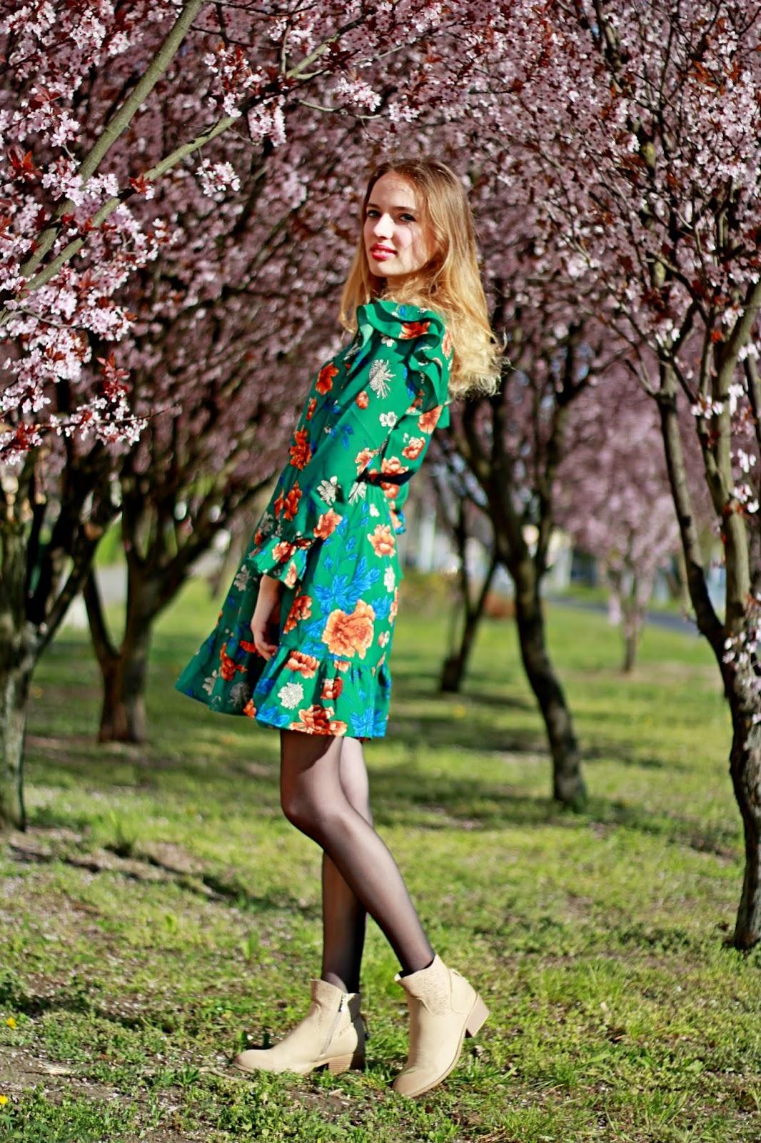 sukienka%2Bw%2Bkwiaty%2Bstylizacje%2B201
