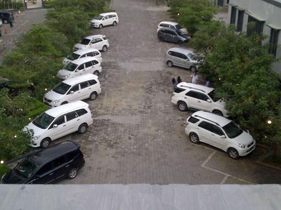 taxi kudus satndby
