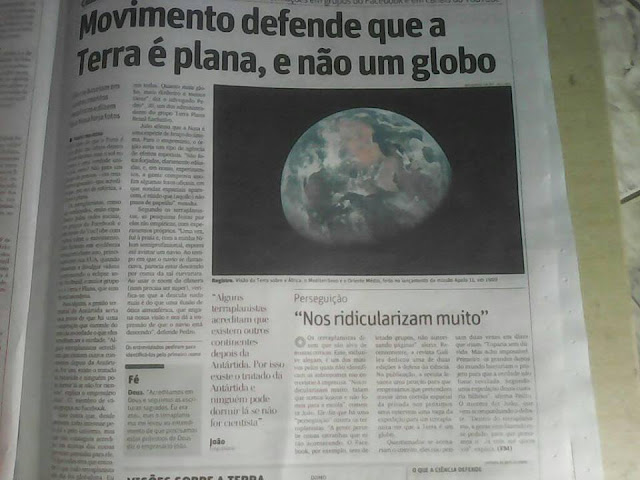 Notícia sobre Terra Plana no jornal impresso
