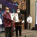 Ketua STIA Nusa Sungai Penuh, Raih Penghargaan Indonesia Academic Leader Award 2021