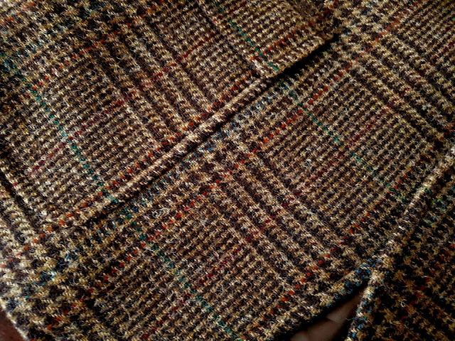 Ralph Lauren Glen Check Tweed jacket weave detail view