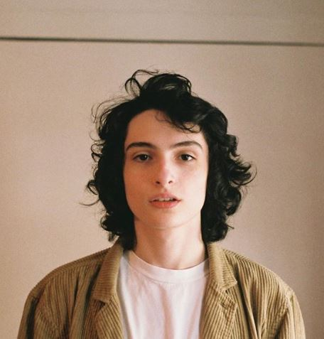 Finn Wolfhard age, height, old, tall, net worth, brother, birthday, parents, mom, stranger things, millie bobby brown, gay, the 100, 2018, noah schnapp, sadie sink, supernatural, the turning, saint laurent, 2016, 2017, kissing, movie
