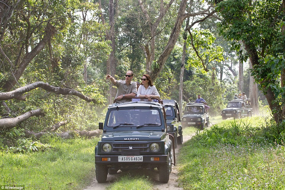 Prince William & Kate Middleton started off Day 4 in India with a safari