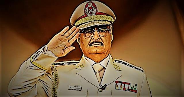 Χαλίφα Χάφταρ, ο στρατάρχης που «πέταξε» τους Τούρκους από τη Λιβύη