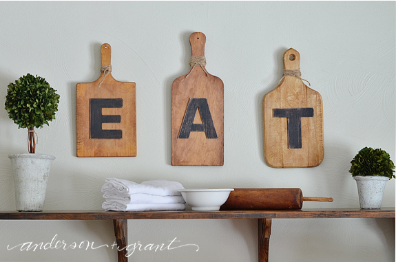 Simple kitchen display | www.andersonandgrant.com