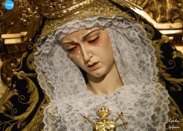 Un nuevo corazón de plata para la Virgen de los Dolores de los Servitas de Sevilla