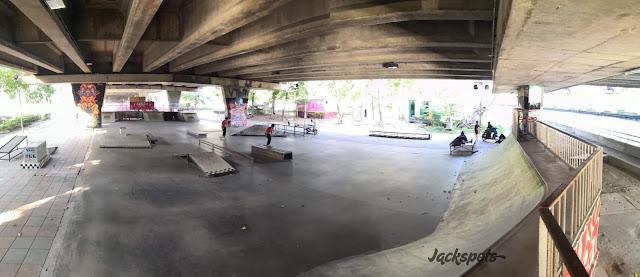 Skate park Bangkok Khlong Tan