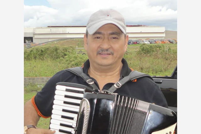 Luto: Cantor e sanfoneiro, Dedim Gouveia, morre aos 61 anos em Fortaleza