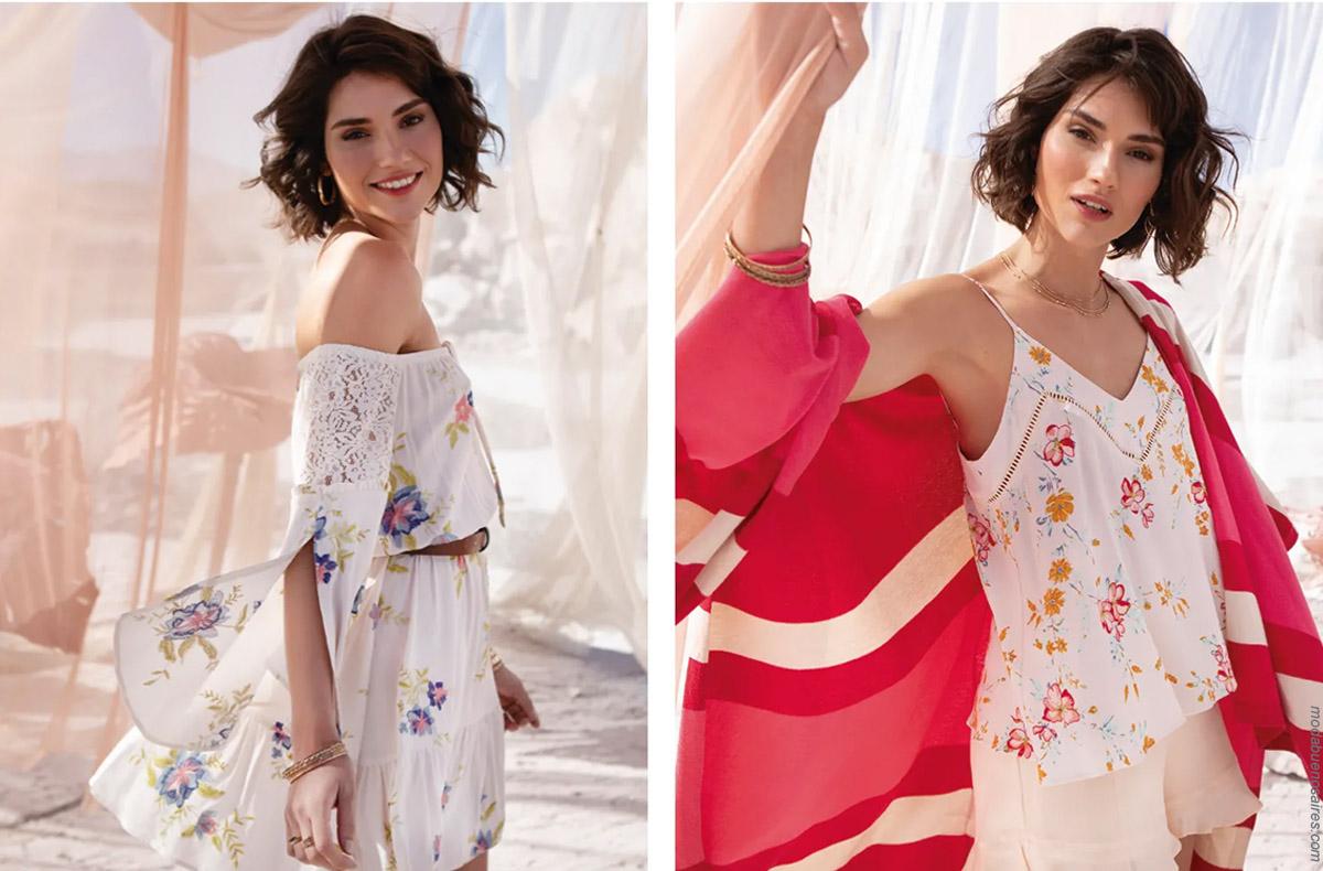 Moda primavera verano 2020: Blusas de mangas acampanadas, faldas cortas con volados primavera verano 2020.