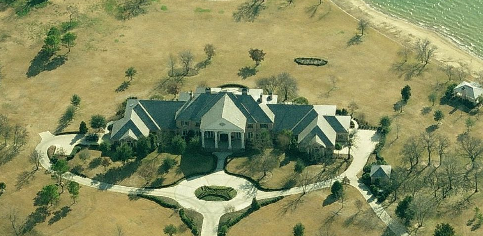 Celebrity Homes Kenneth Copeland S 18 000 Sq Foot Lake