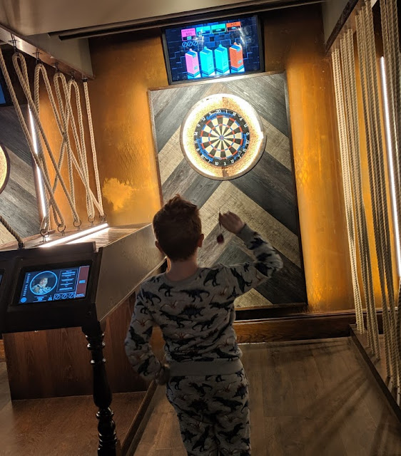 9 Days Out for Tweens & Teens at The Gate, Newcastle - WonderBar Virtual Darts